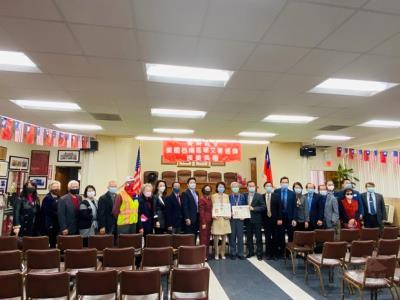 僑聯總會美國西南區華文著述獎 鄺君儀、蔡季男獲獎